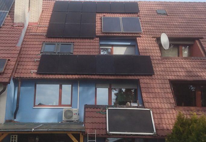 Celočerné solární panely
